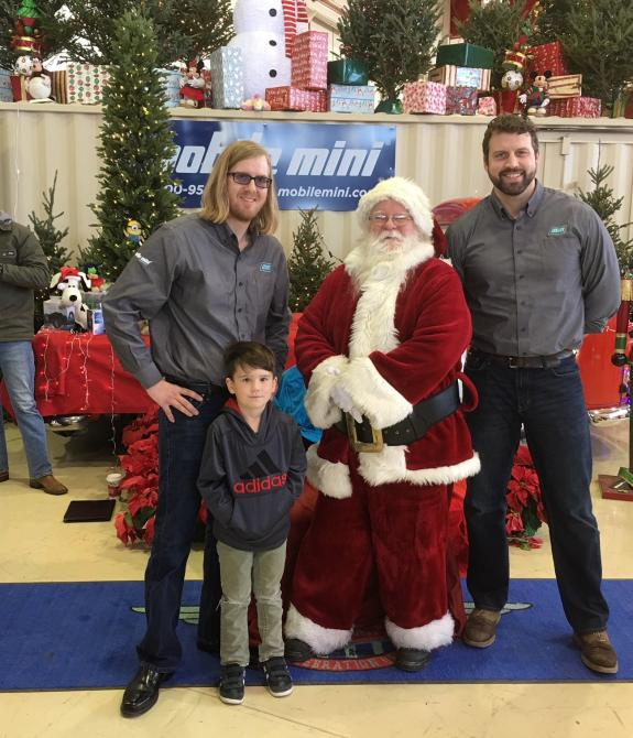 mobile miniu0027s teams up with santa for the holidays